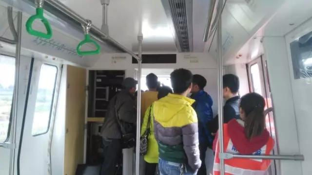 南宁到西安k748列车4车厢结构图
