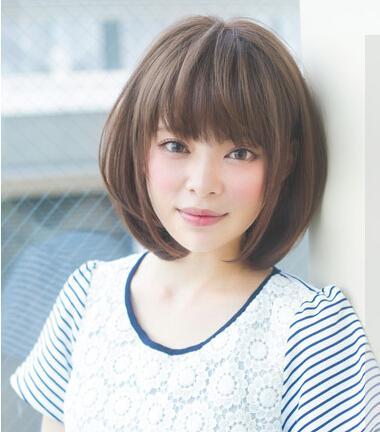 方脸适合的发型 中发短发很显瘦