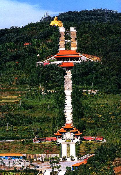 『游玩』 锦屏山风景区弥勒寺拥有大佛,大运,大雄,大智四院之宏阔,集