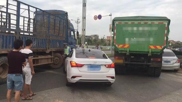 南宁邕宁区一泥头车与电动车相撞,电动车上的两夫妻就此天人永隔