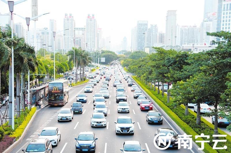 """南宁市持续深化""""五个礼让""""示范创建活动"""